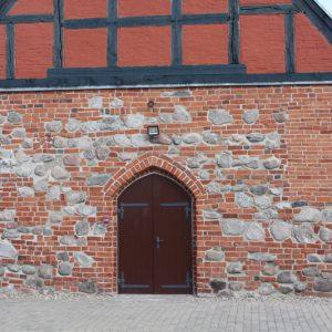 Tychowo – Kościół pw. Matki Bożej Wspomożenia Wiernych.