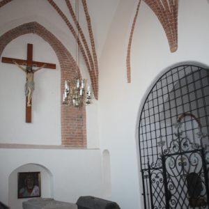 Darłowo – Kościół pw. Matki Bożej Częstochowskiej – Kaplica grobowa