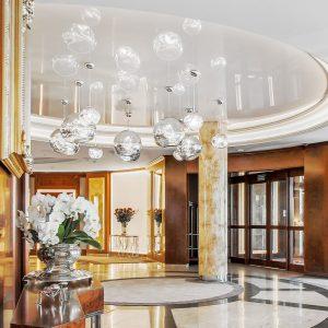 Sopot – Hotel HAFFNER. Hotelowa recepcja i lobby. Proj. PiK Studio Architekci z Warszawy.